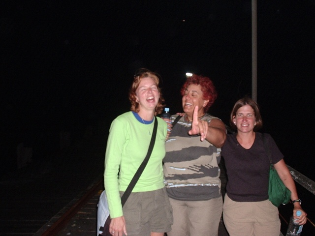 Esther (Holland), Montserrah (Swiss-french) and Christina (USA), Beachport